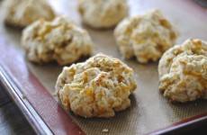 apple cheddar biscuit 2